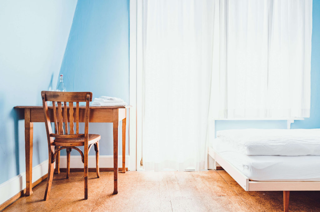 the-guide-to-selling-your-home-fast-in-seattle-bedroom