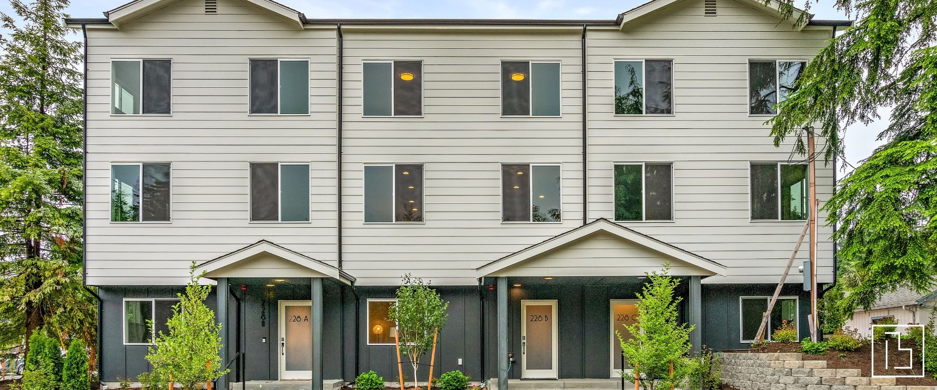 180th townhomes exterior home