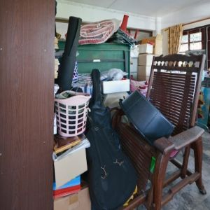 What to Do When You Need to Sell a Hoarder House